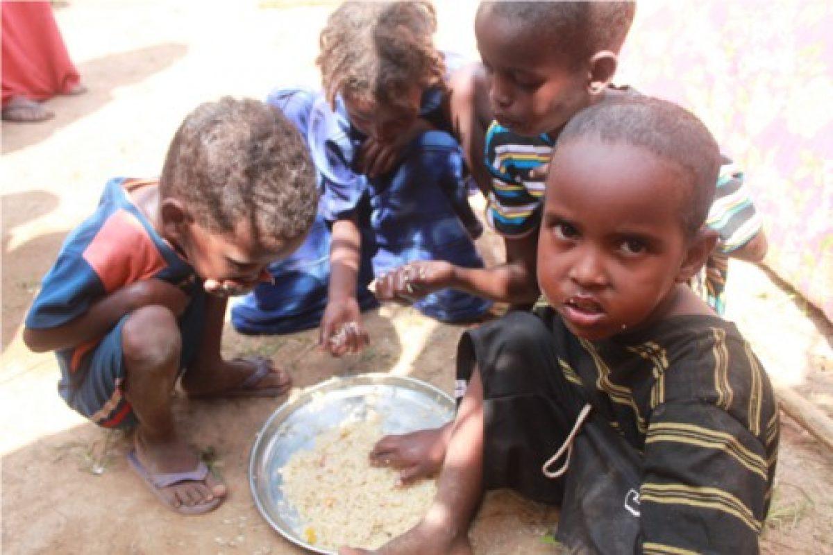 Ma la fame nel mondo causata dalla povert e dalle - Immagini di cicogne che portano bambini ...