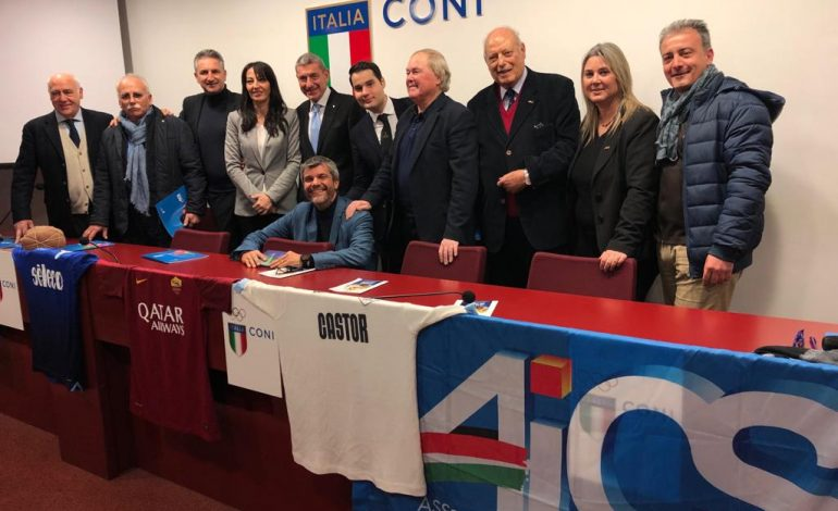 """MUSEO ITINERANTE, IL """"VIAGGIO CON LA STORIA DEL CALCIO"""" PROSEGUE A OSTIA"""